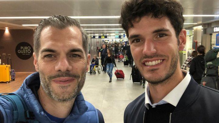 I selfie di Guilcersport. A Milano, incontro a sorpresa tra il nostro Simone Carrucciu e il campione oristanese Stefano Oppo